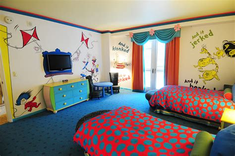 hotel room tour dr seuss suites at portofino bay