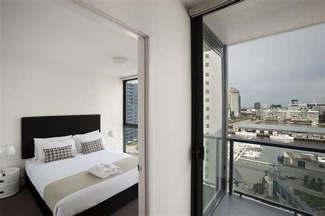 3 bedroom serviced apartments melbourne 3 bedroom apartment melbourne 28 images 3 bedroom