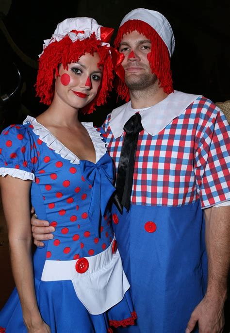 raggedy ann  andy steal couples costumes