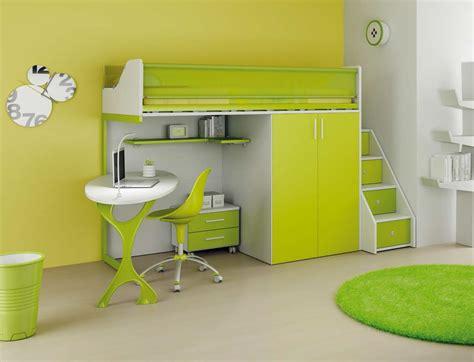 chambre enfant mezzanine chambre bebe jaune et vert