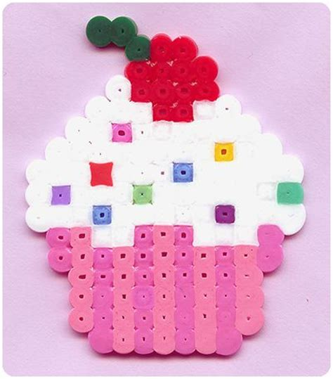 cupcake pony bead pattern 17 best images about perles hama on snowflakes