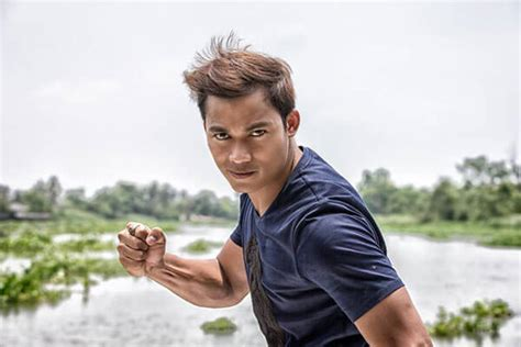 film thailand superstar amazing muay thai martial arts movie star tony jaa