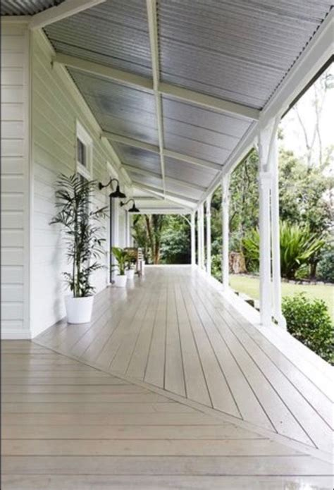 31 best beautiful roofs images on pinterest lake houses architecture and exterior house colors