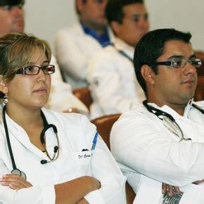 medici e infermieri nel regno unito meeting