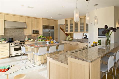 Granite Countertops Island New York by Amazing Images Of Granite Countertops Kitchen With Cherry Refrigerator Serving Trays
