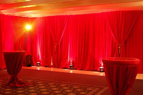 event drapes which pipe and drape hire system is right for your event