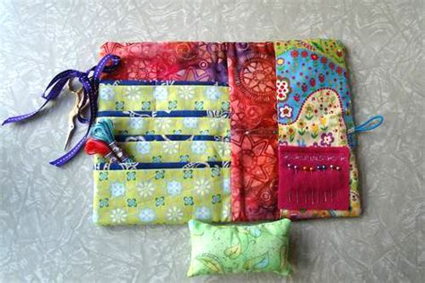 Small Patchwork Projects - patchwork portable sewing wallet using the bernina 350pe