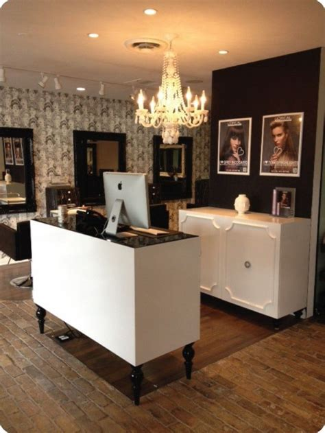 Reception Desk For Hair Salon Best 25 Salon Reception Desk Ideas On Pinterest Salon Reception Ideas Salon Reception
