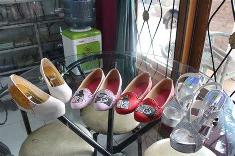 538lud Sepatu Wedges Casual Formal Perempuan Wanita Cewek Hak 5 Cm sepatu flats lukis dan sepatu wedges pesanan pada tanggal
