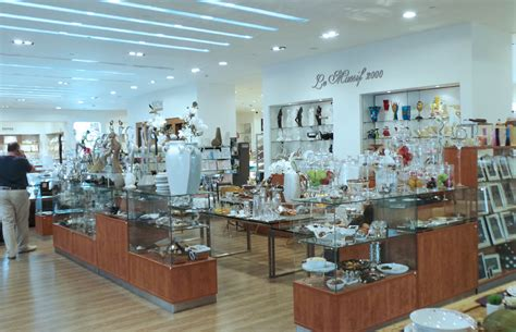 abc mall ashrafieh ashrafieh shop sobeirut le massif 2000 modern contemporary home d 233 cor