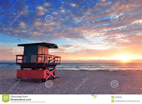 ver gua de miami todoviajes clarincom nascer do sol sul da praia de miami foto de stock royalty