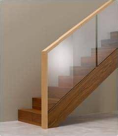 treppengeländer rund treppengel 228 nder aus glas und holz ideen rund ums haus