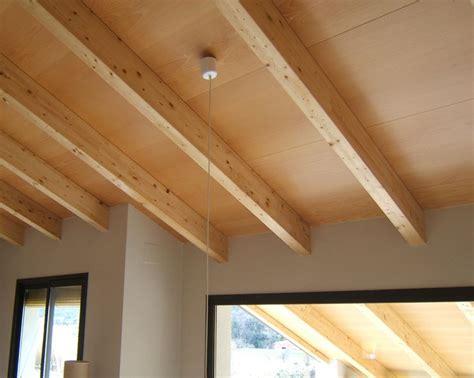 soffitto di legno 17 migliori idee su soffitto con travi in legno su