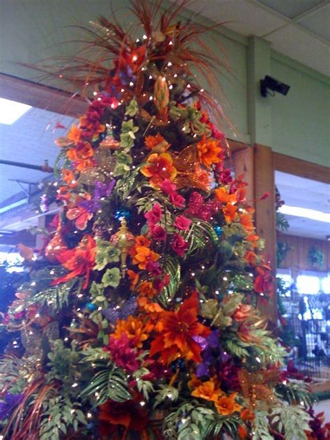 tropical tree christmas tree theme ideas pinterest