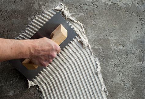 posa piastrelle grandi formati piastrelle grandi formati posa e colle da utilizzare