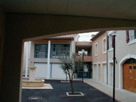 Photo à Vendres (34350) : Médiathèque et maison de retraite Vendres, 12464 Communes.com