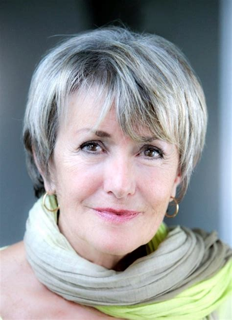 beautiful short hairstyles for mature woman gallery 40 simple and beautiful hairstyles for older women buzz 2016