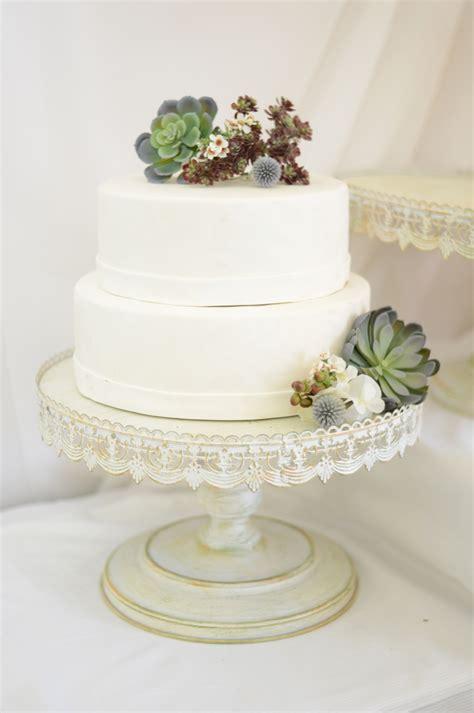 Wedding Cake Holder by Wedding Cake Holder Idea In 2017 Wedding