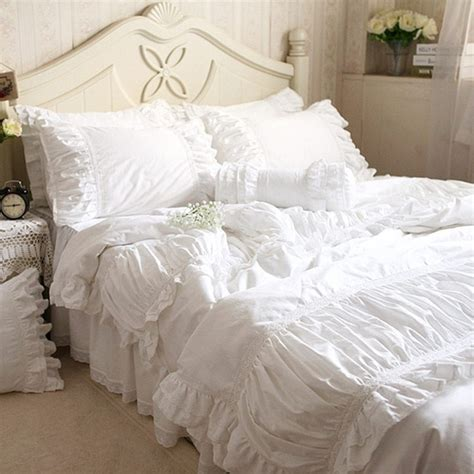 korean web site to order white satin bedspreafs luxury embroidered bedding set wrinkle fold satin lace bed sheet craft bedding for wedding