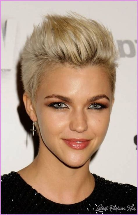 short haircuts edgy razor cut 17 best ideas about edgy short haircuts on pinterest