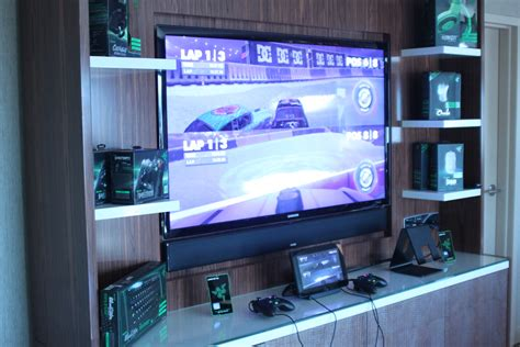 livingroom pc hands on with the razer edge a mid range gaming pc