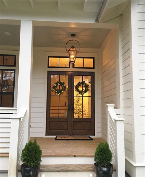Farmhouse Front Doors 17 Best Ideas About Farmhouse Front Doors On Farmhouse Door Farmhouse Windows And