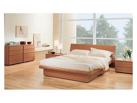 günstige betten 180x200 wohnzimmer braun gestalten