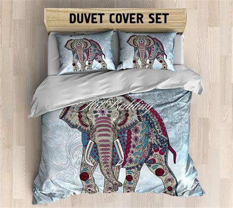 elephant bedding queen 17 beste idee 235 n over vintage bedding set op pinterest chique slaapkamers vintage