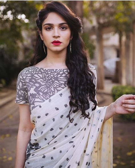 easy hairstyles for sarees with face shape guide easy hairstyles for sarees with face shape guide