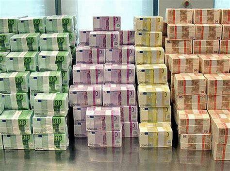 banco popolare pisa cassa di risparmio di lucca a sostegno degli investimenti