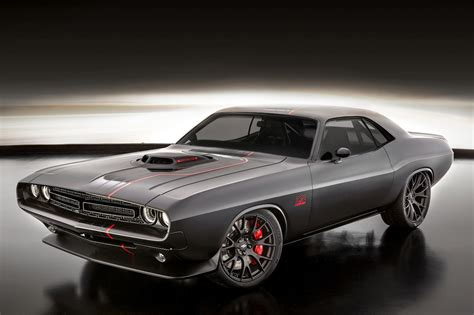 old muscle cars mopar launches modern v 8 crate engine kits for classic