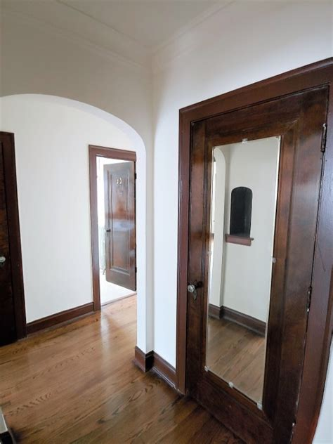 rogers park  bedroom apartments  information