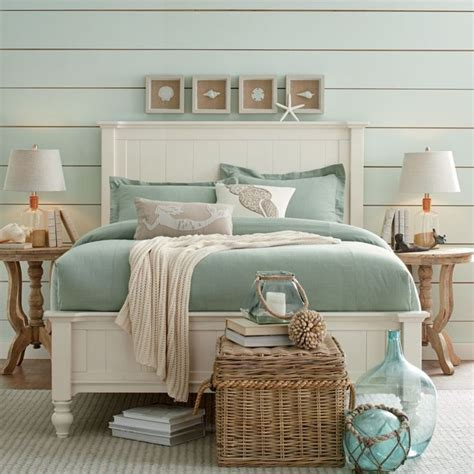 beach style beds best 25 lake house bedrooms ideas on pinterest nautical