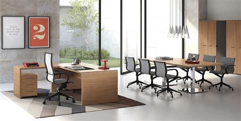 scrivanie in cristallo per ufficio scrivanie in cristallo arredo ufficio mobili per ufficio