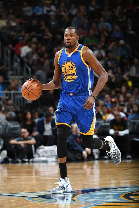 k d kevin durant wears nike kd 9 warriors multicolor sole
