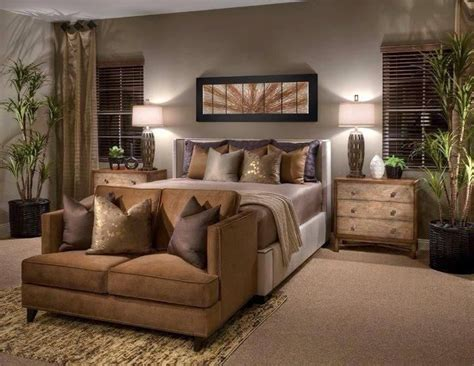 what is considered a small bedroom best 25 earth tone bedroom ideas on pinterest bedspread