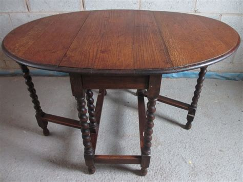 Oak Drop Leaf Dining Table Oak Barley Twist Oval Gateleg Drop Leaf Dining Table 236141 Sellingantiques Co Uk