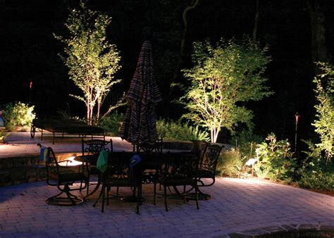 How To Set Up Landscape Lighting Outdoor Lighting Improvements Fascinating Lighting
