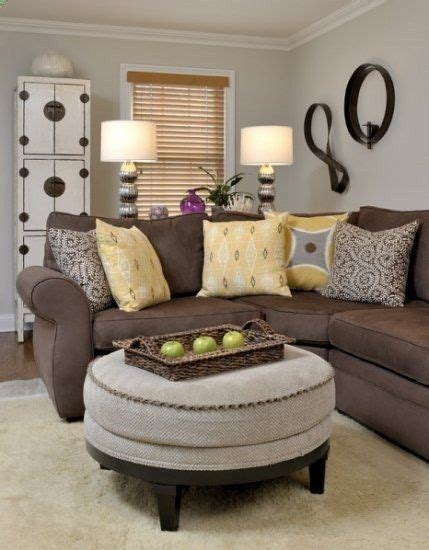 idea accents 1000 ideas about brown sofa decor on pinterest brown