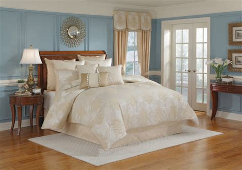 Bedroom Table L Sets Bedroom White Comforter Sets With Brown Wooden