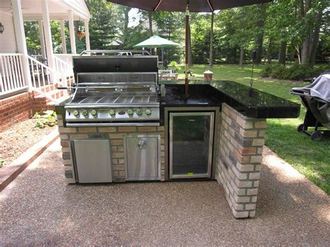small outdoor kitchen design ideas 1000 images about patio ideas sted concrete on