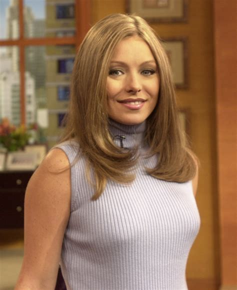 kelly ripa kelly ripa dishes on motherhood and her marriage to mark