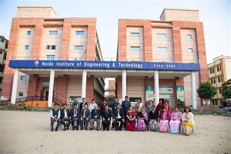 Unitedhealth Mba Intern Program by Internships And Internship In India 2017 Letsintern