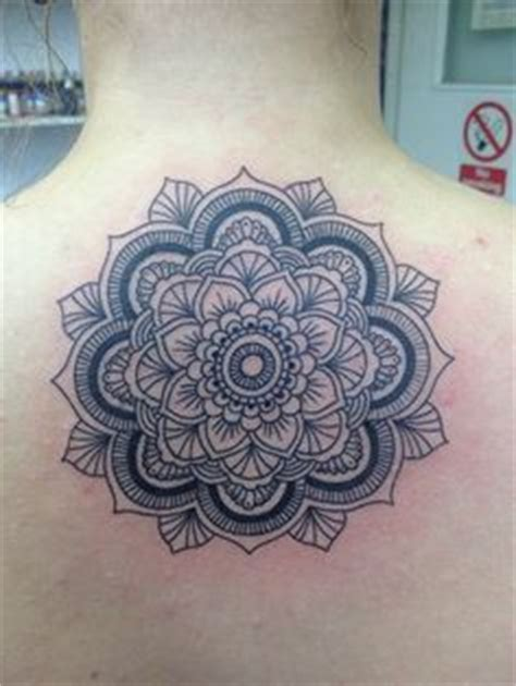 tattoo mandala london tattoo henna on pinterest butterfly tattoos lotus