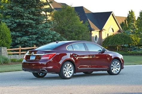 buick edmunds used 2016 buick lacrosse review ratings edmunds