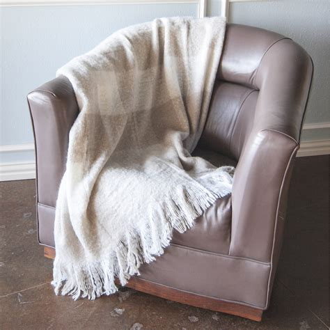 Throw Blanket For by Bedroom Soft Throw Blanket For Your Smooth
