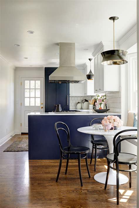 magnolia cape  transitional kitchen seattle