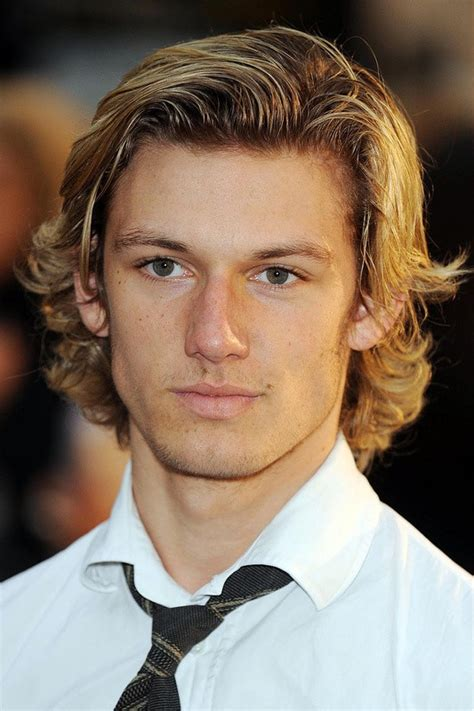hockey haircuts top 10 effortless hockey flow haircuts for easygoing men