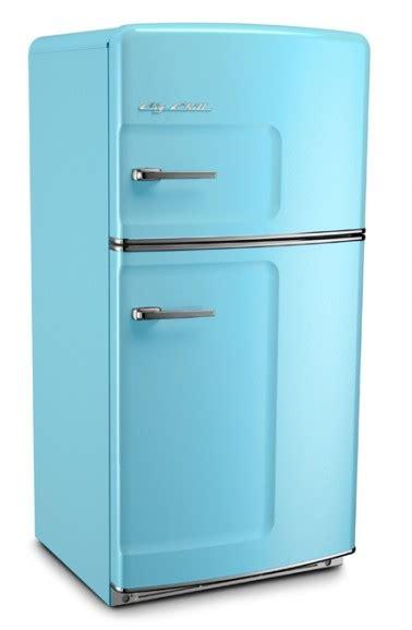 Undercounter Refrigerator: Undercounter Refrigerator Vintage