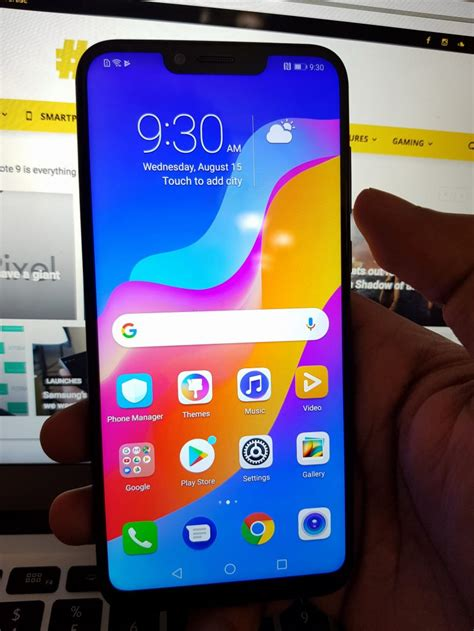 honor play review      budget gaming phone